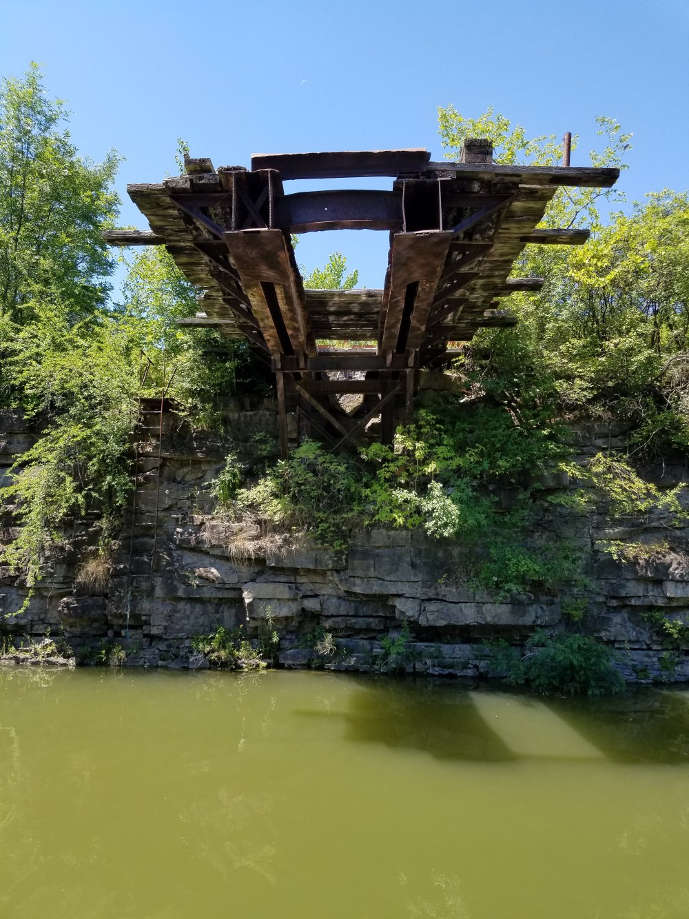 Abandoned train track in the Erie Canal's Rock Cut
