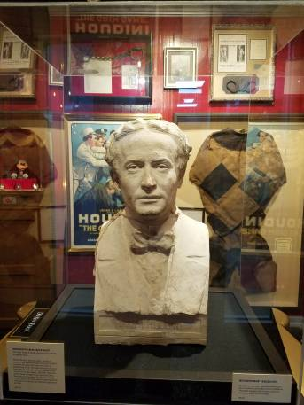 Bust of Harry Houdini