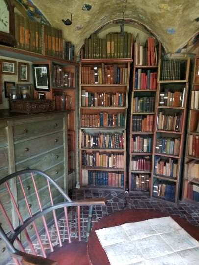 One of Mercer's libraries in Fonthill Castle