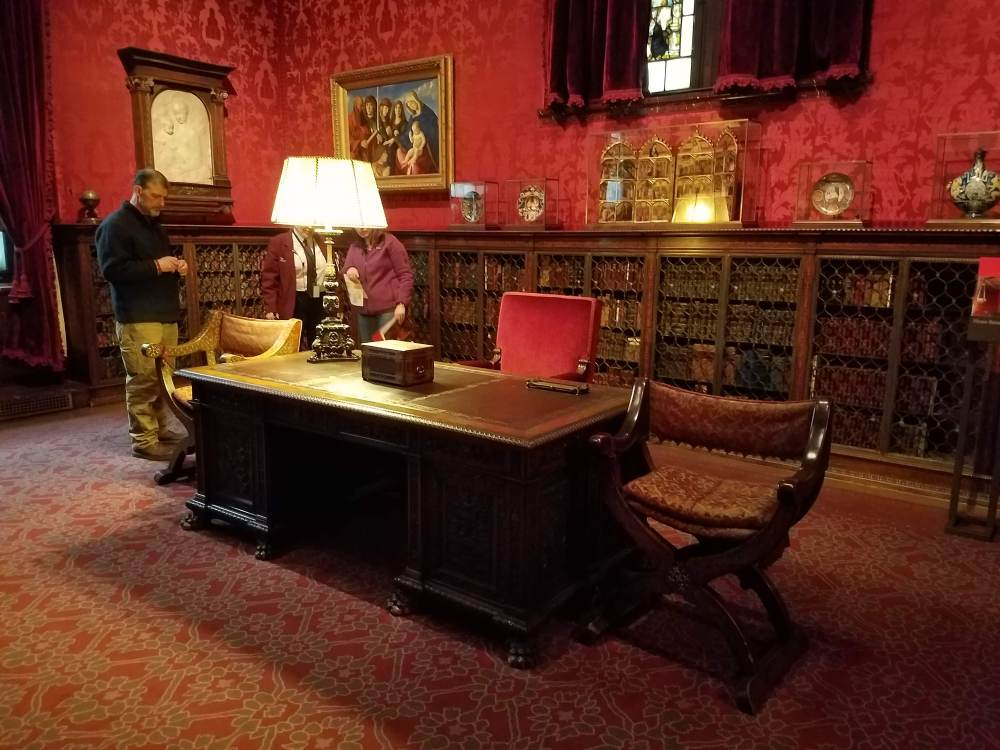 Morgan Library Study Desk
