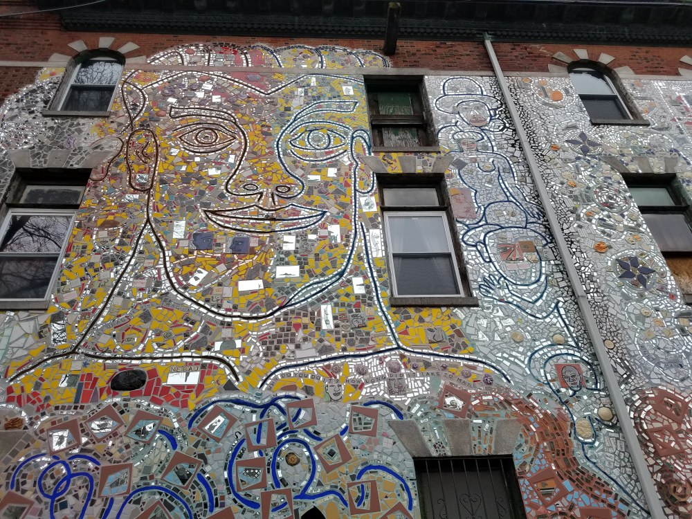 Philadelphia Magic Gardens Alley Mural