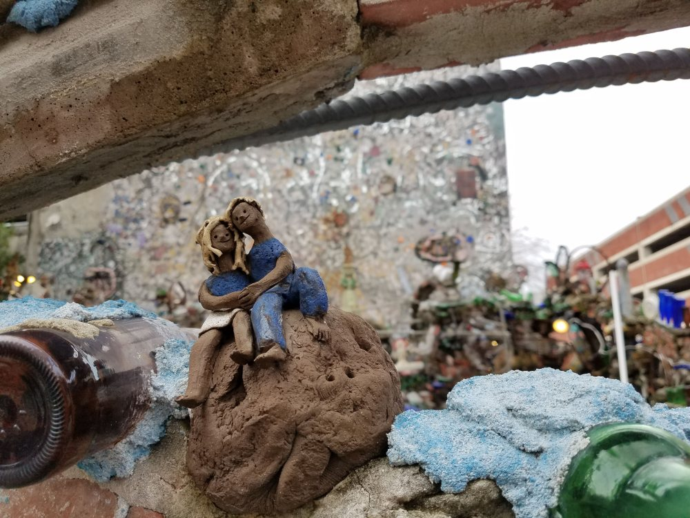 Philadelphia Magic Gardens Ceramic Couple