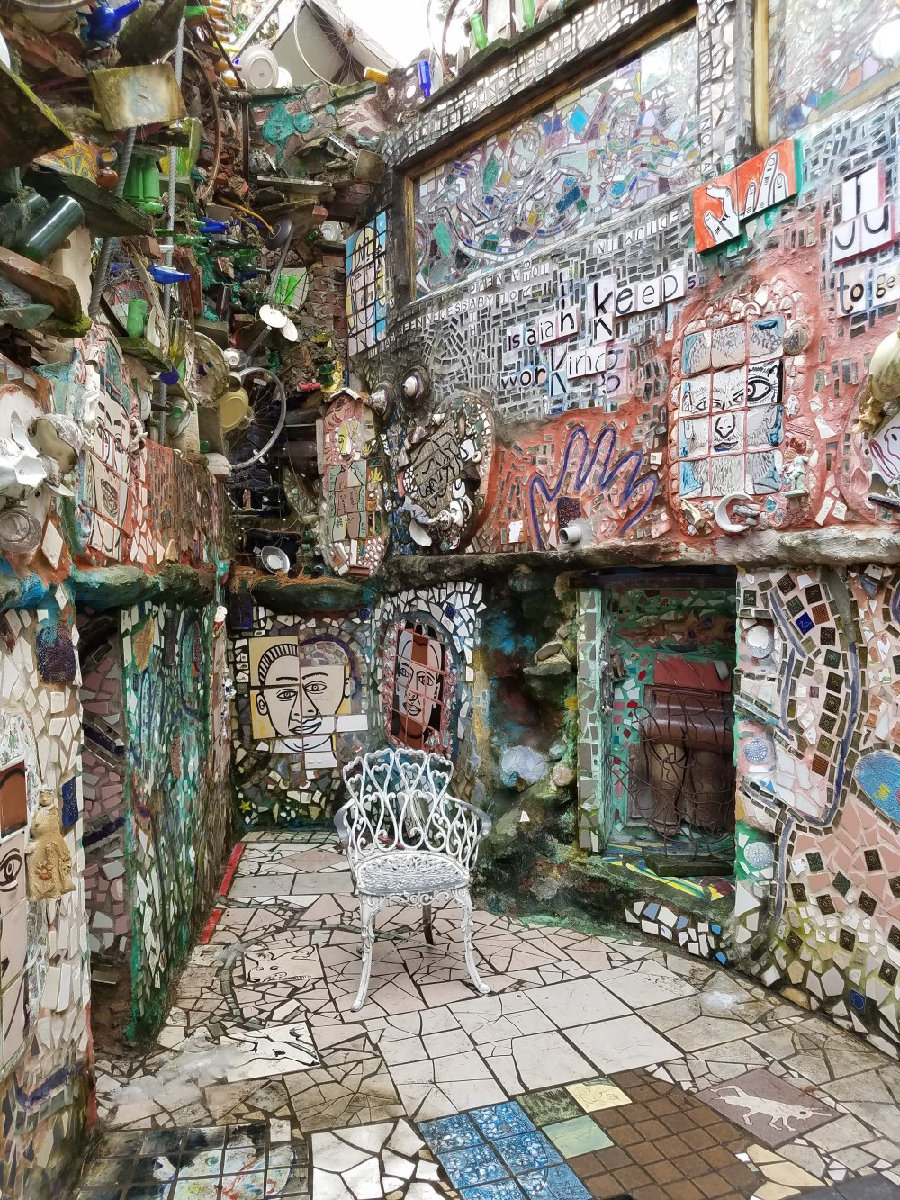 Philadelphia Magic Gardens Chair in Nook
