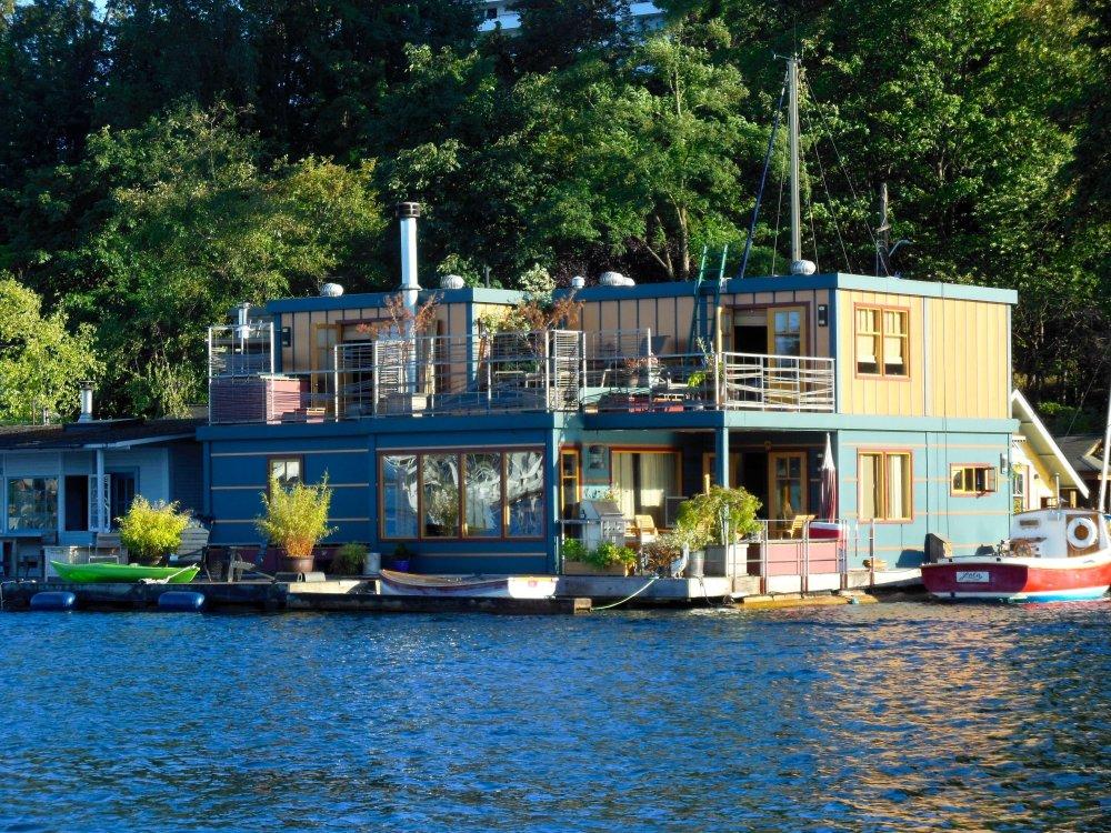 Lake Union House