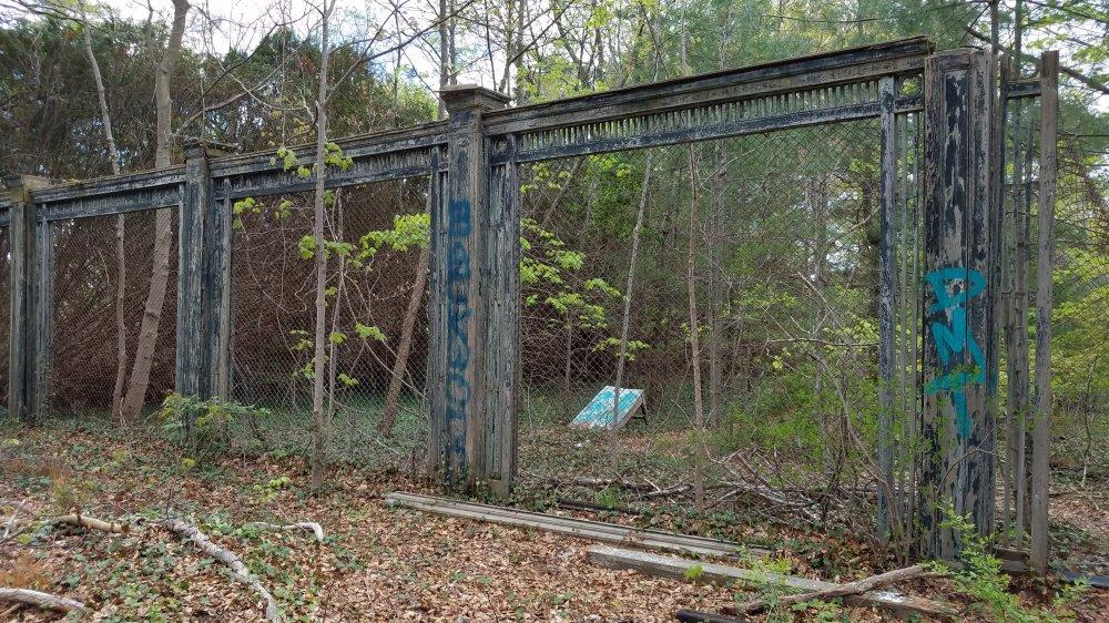 Welwyn Preserve Old Fence